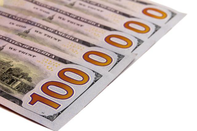 有100万现金,怎么投资理财做到每年盈利20%?