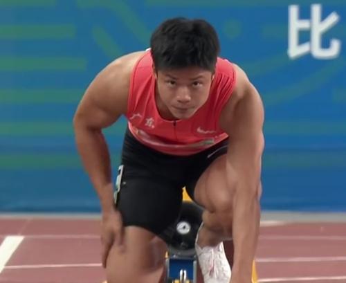 苏炳添9秒95百米夺冠-1